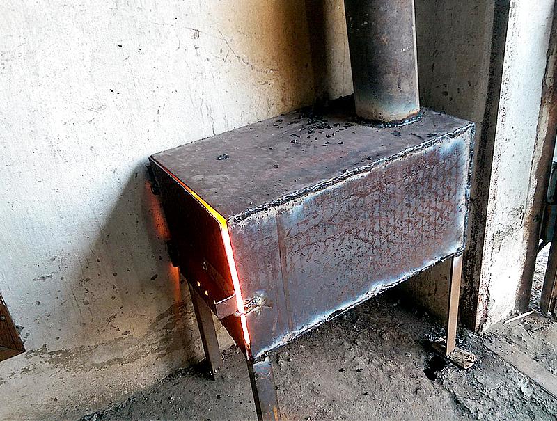 піч тривалого горіння для гаража